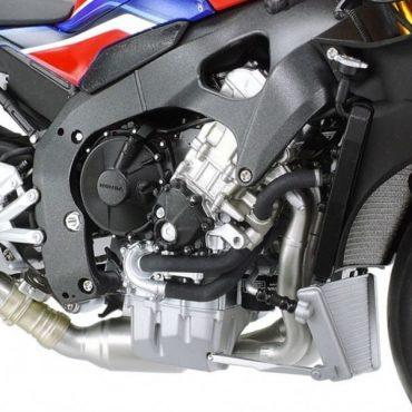 Tamiya #14138 - 1/12 Honda CBR1000RR-R Fireblade SP